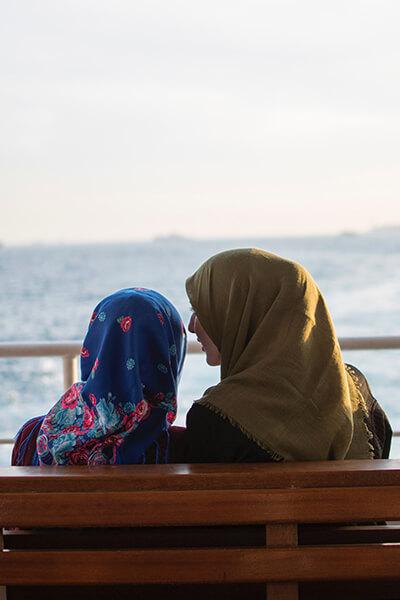 Muslim-sisters